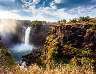Big five caccia grossa Zimababwe Victoria falls caccia elefante Montefeltro.